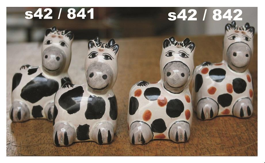 mexican ceramic mexican potttery folk art talavera Gorky Gonzalez Cow<br>Salt & Pepper Shaker Set
