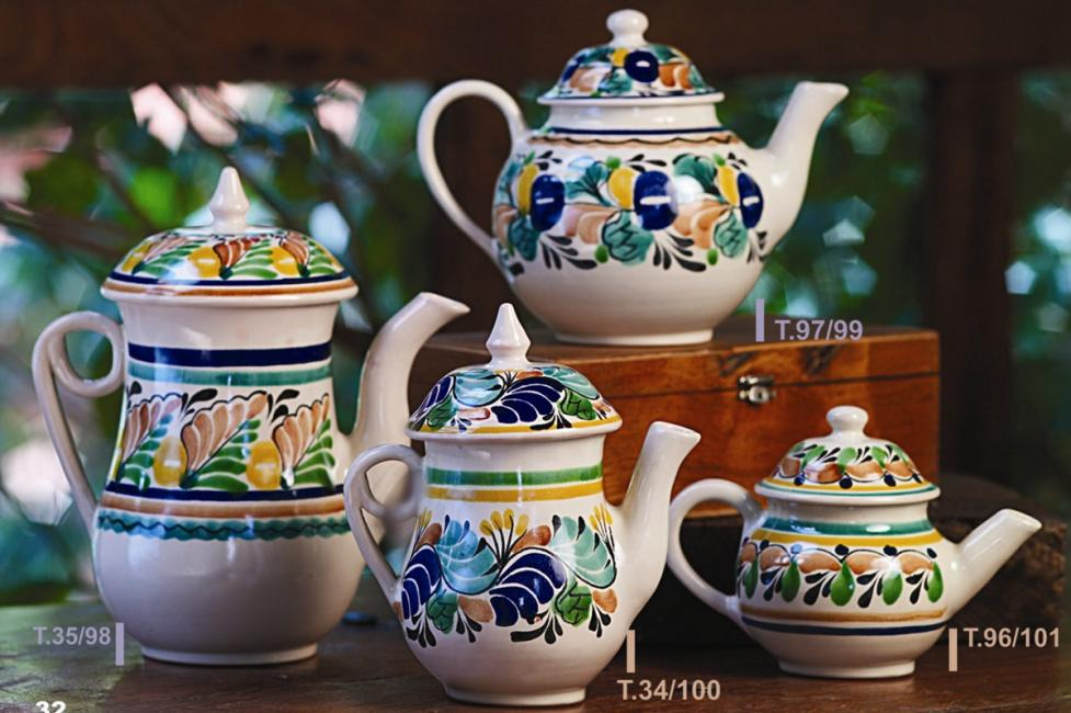 mexican ceramic mexican potttery folk art talavera Gorky Gonzalez Tea Pot