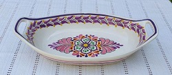 200722-19-03-mexican-ceramic-pottery-oval-bowl-with-handle-talavera-majolica-hand-made-mexico-table-serving-flower-motive-flower-design-purple