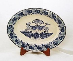 mexican ceramic mexican potttery folk art talavera Gorky Gonzalez large Oval Platter<br>Love Birds<br>Blue and White
