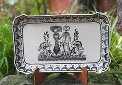 mexican-ceramic-decorative-serving-platter-majolica-hand-made-catrina-couple-halloween-day-of-dead-hand-painted-mexico