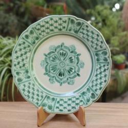 mexican-ceramic-plates-pottery-hand-painted-flower-pattern-talavera-majolica-table-decor-mexico-green