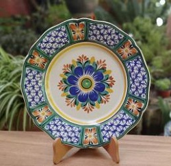 mexican-ceramic-plates-pottery-hand-painted-flower-pattern-talavera-majolica-table-decor-mexico-ii