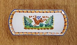 mexican-ceramic-tray-pottery-hand-painted-guanajuato-mexico-tableware-amazon-rabbit-pattern