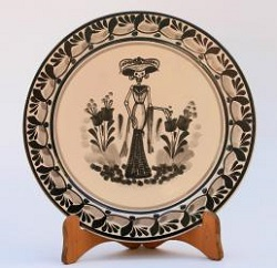 mexican-plates-ceramic-catrina-motives-black-and-cream-pottery-folk-art-national-award-made-in-mexico