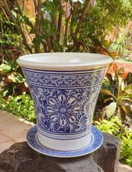 mexican-pots-decorative-ceramic-garden-and-home-folk-art-majolica-talavera-gorky-workshop-mexico-flower