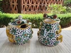mexican-pottery-ceramic-majolica-tableware-frog-sugar-and-creamer-hand-made-mexico