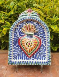 mexican-pottery-home-decor-majolica-mexico-blue-heart-altarpiece-wall